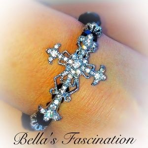 Jewelry - Crystal Rhinestone Cross Bracelet Black Shamballa